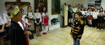 """Activităţi dedicate Centenarului Marii Uniri la parohia """"Sf. Dimitrie"""" din Galaţi"""