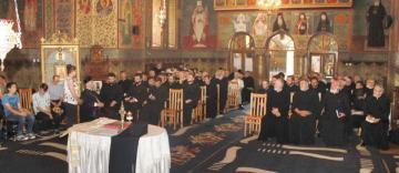 Preoţii din Protopopiatele Tecuci şi Nicoreşti s-au întrunit în conferinţă semestrială