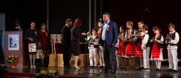 Gală de excelenţă pentru elevii şi profesorii gălăţeni