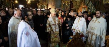 """Biserica cu hramul """"Sfântul Spiridon"""" din Galaţi şi-a cinstit ocrotitorul"""