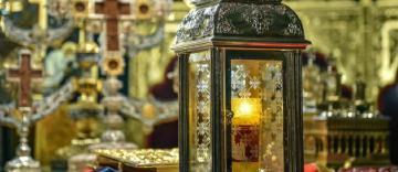 Sfânta Lumină de la Ierusalim va fi adusă în România de Sfintele Paști