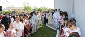 """Sfinţirea bisericii """"Adormirea Maicii Domnului și Sf. Nectarie Taumaturgul"""" din parohia Esna, judeţul Brăila"""