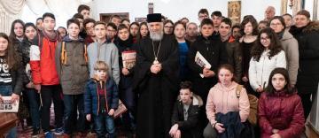 Ierarhul Dunării de Jos a primit la Centrul eparhial vizita elevilor de la Şcoala nr. 26 din Galaţi