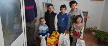 1.000 de persoane nevoiaşe primesc daruri din partea parohiilor din Protopopiatul Brăila