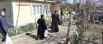 Ajutoare pentru Spitalul din localitatea Iveşti şi alţi semeni nevoiaşi