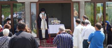"""Schitul """"Acoperământul Maicii Domnului şi Sfântul Ierarh Luca al Crimeii"""" şi-a cinstit unul dintre ocrotitorii spirituali"""