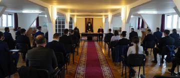 """Elevii Seminarului Teologic """"Sf. Andrei"""" din Galaţi  se pregătesc pentru examenele naţionale"""